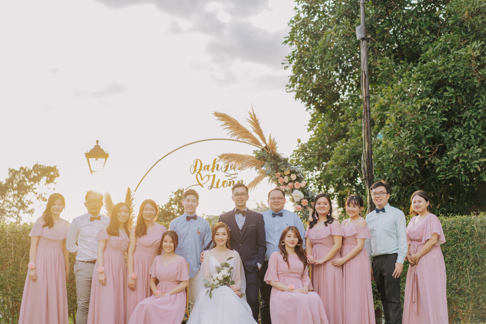 botanical mansion balik pulau penang pulau pinang bridal party shots vampches