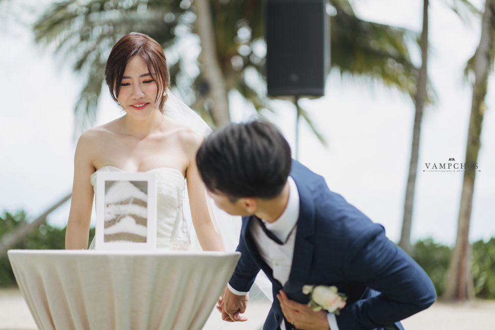sand pouring ceremony penang wedding photographer